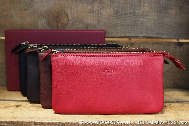 ensemble des coloris de trousses rouge marron chocolat et noire en cuir